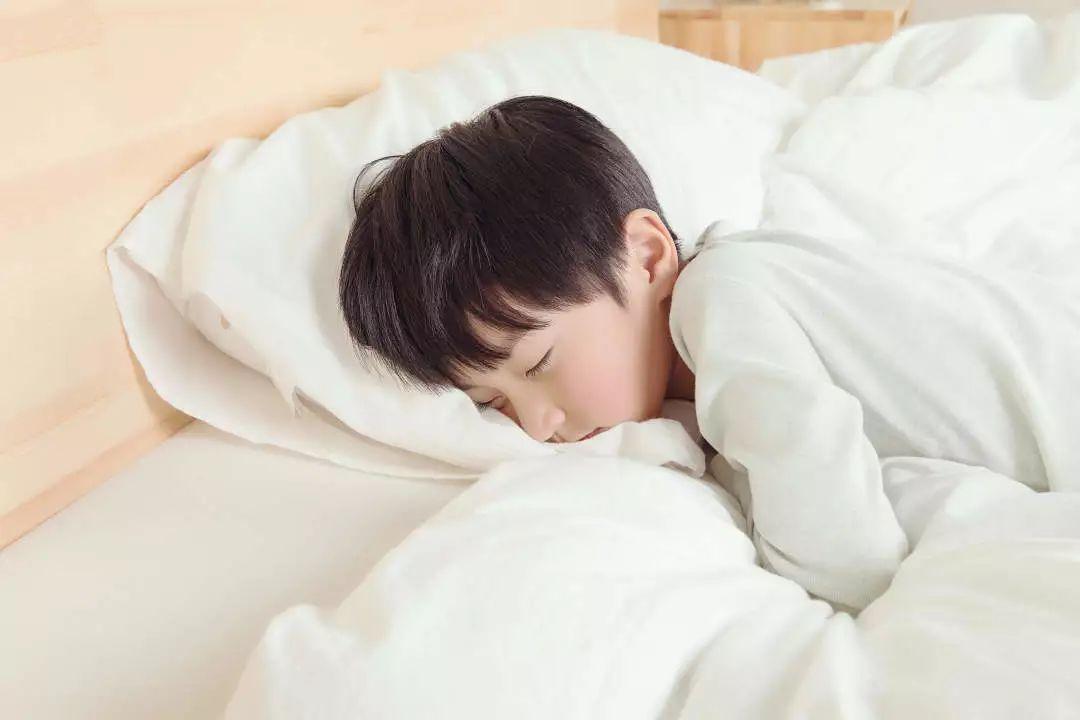 睡前习惯好,孩子长得壮