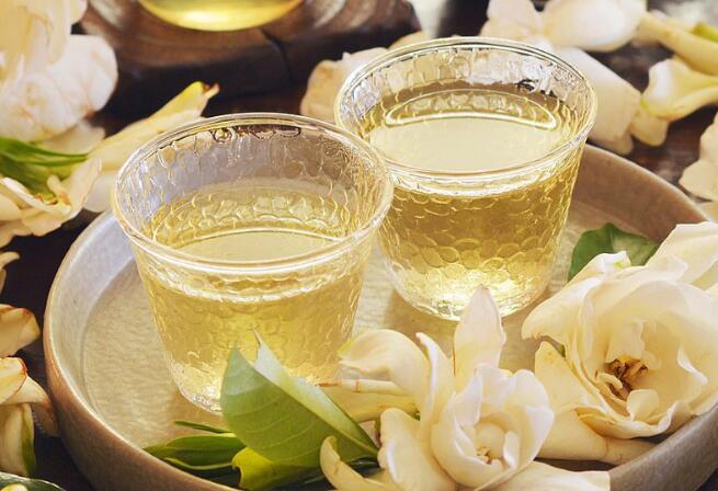 夏至防感冒,喝点栀子花茶