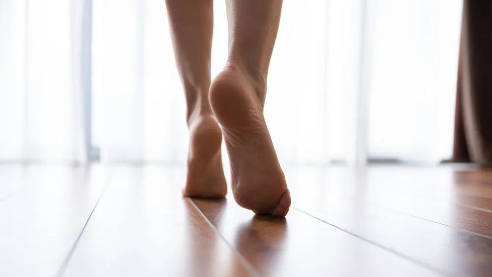 脚底滚棍,缓解足跟痛