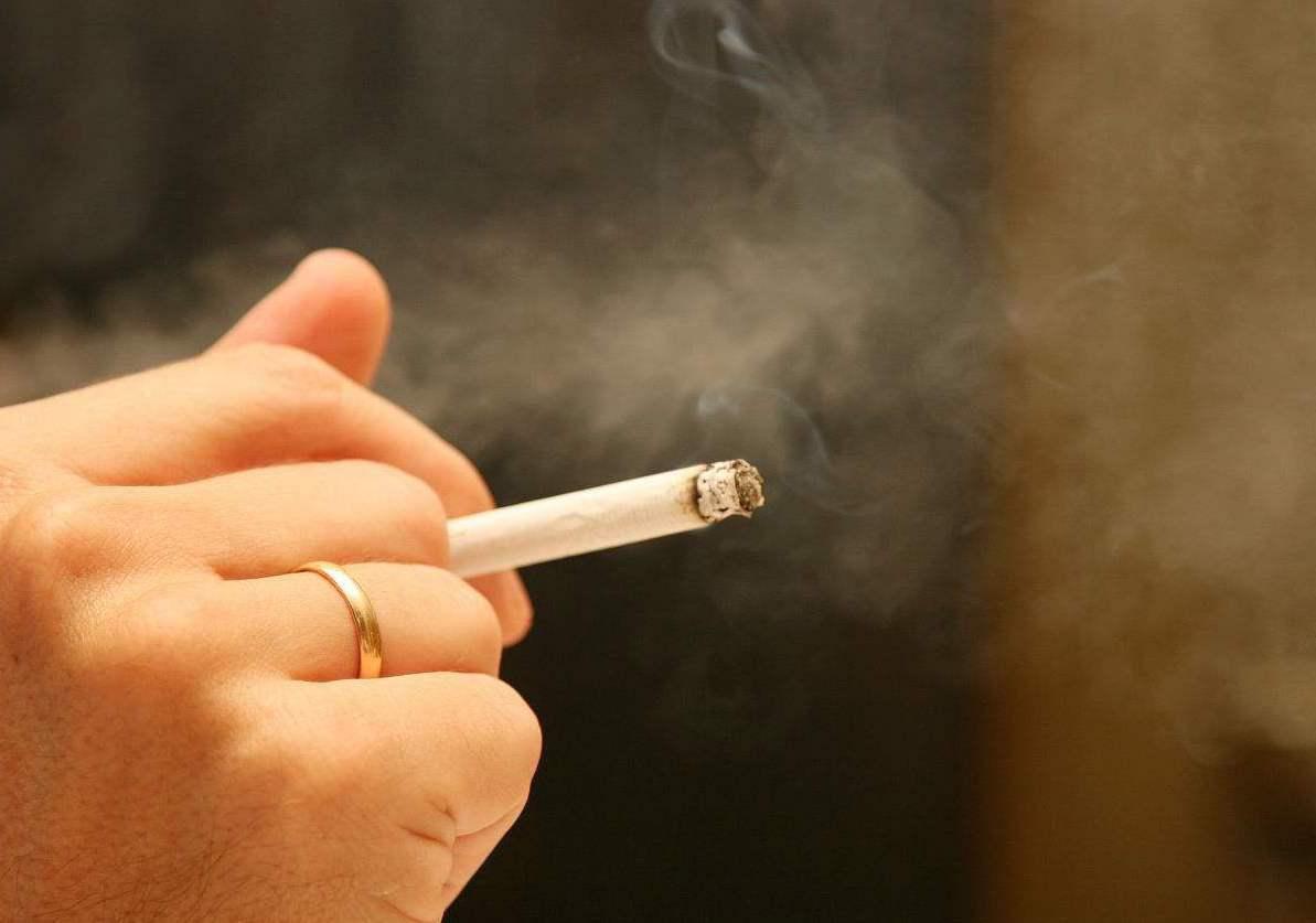 室內就不該設吸煙區