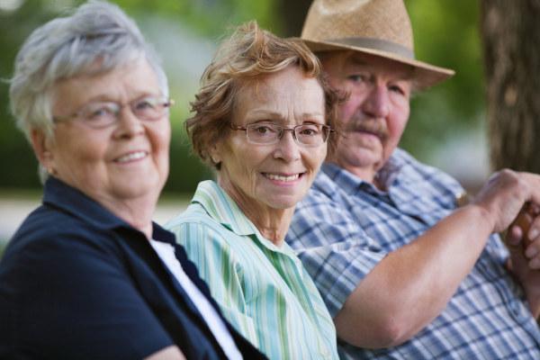 年龄差异大的社区,老人更长寿