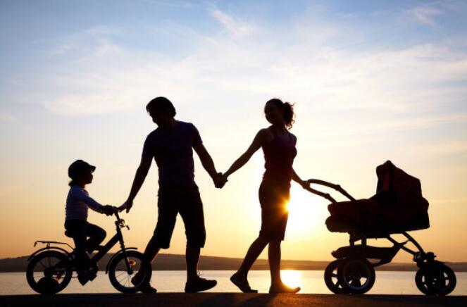 美国皮尤研究中心分析发现:家庭让生活变得有目标