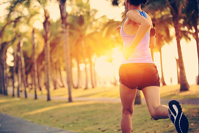 鍛煉上半身,有助于改善跑步速度