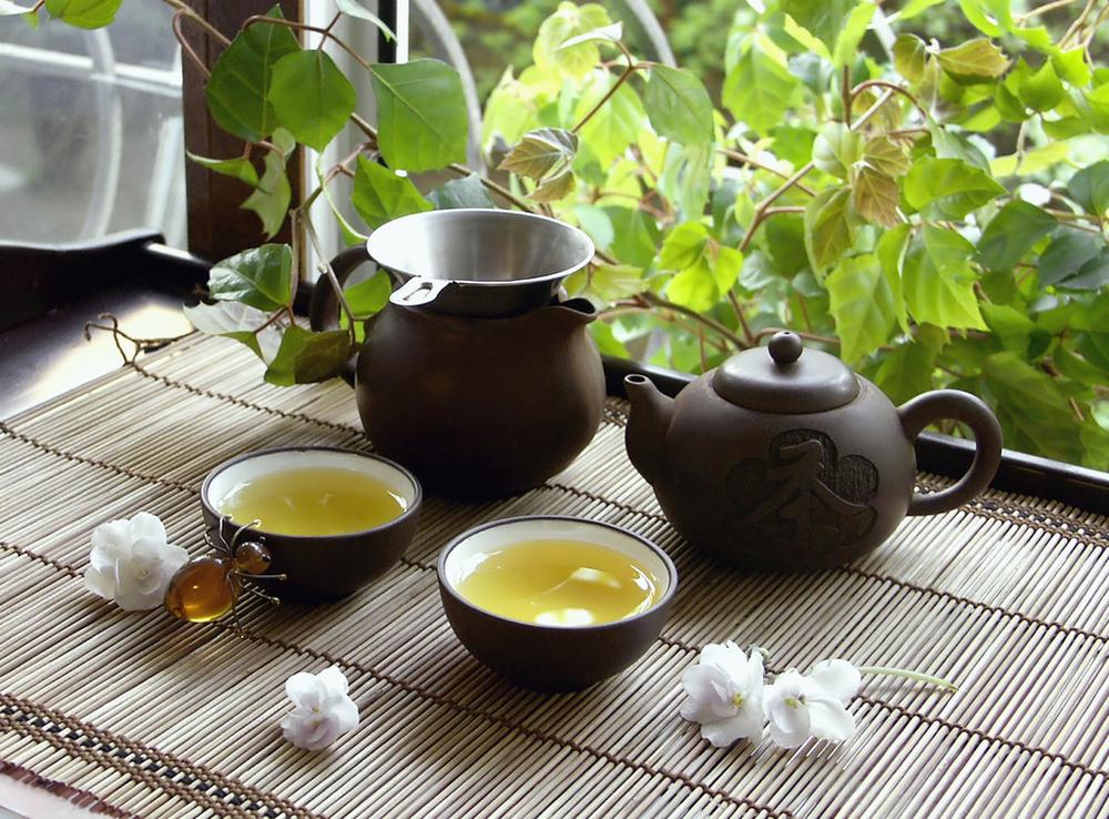 春夏喝绿茶护心、避开犯冲的药物……冠心病人要按季换茶