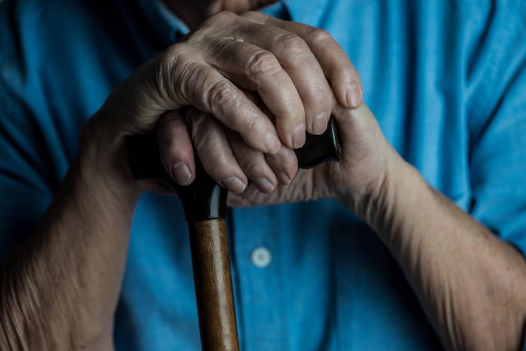 六成老人讳谈抑郁